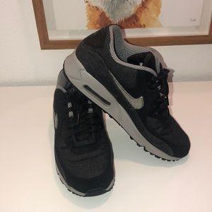 Women's Nike airmax 9.5